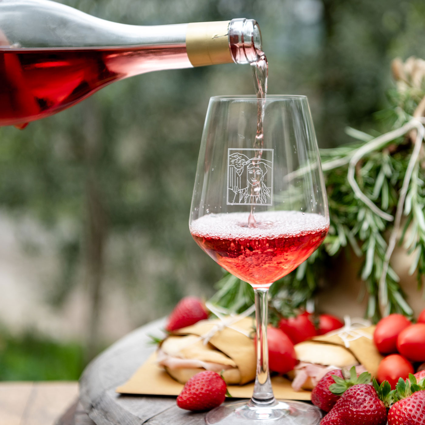 Enjoy Rosé di Montemaggio during the summer with a light lunch