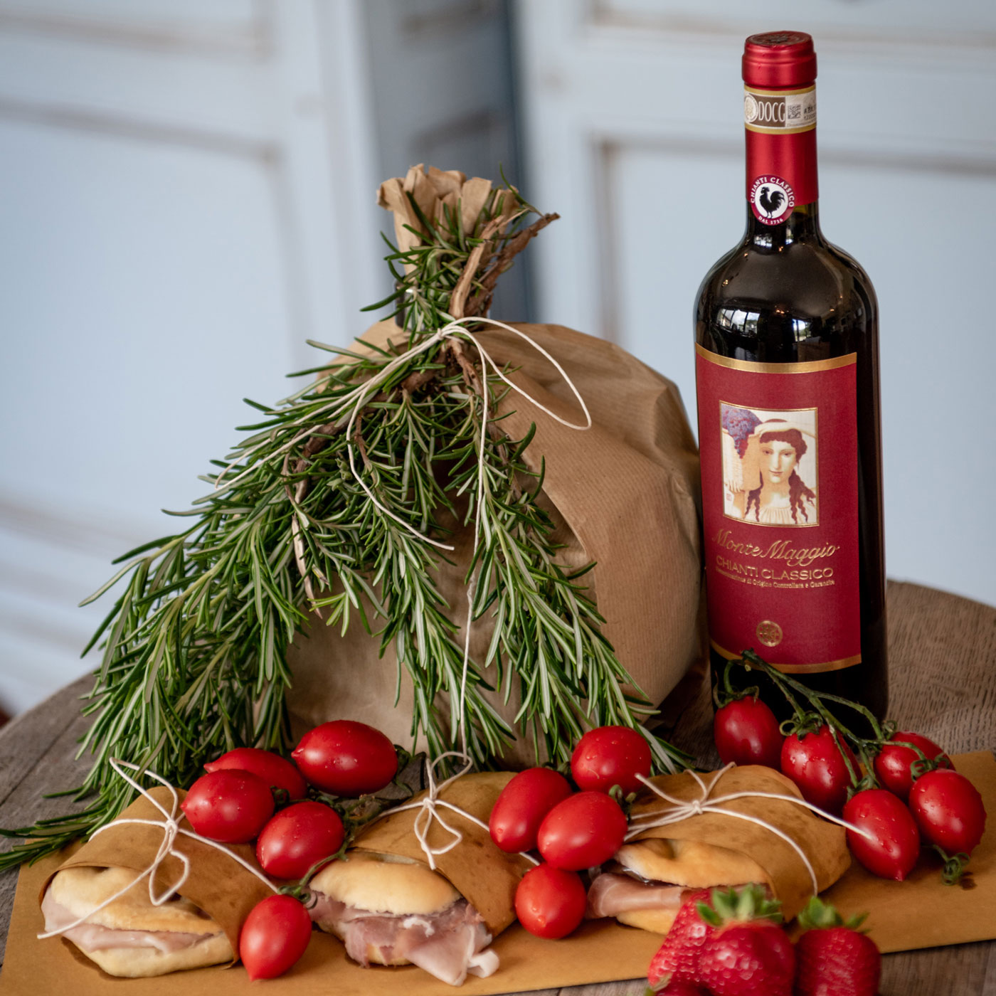 Try out a cooking class, light lunch, or wine tasting of Chianti Classico red