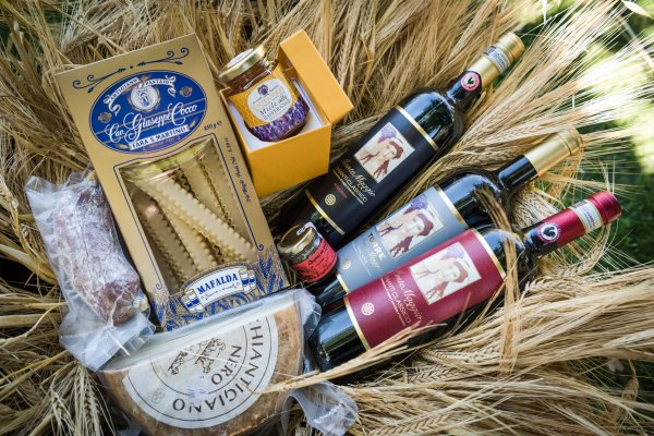 Christmas Gifts from Chianti
